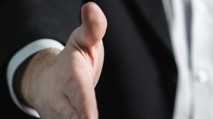 Hand-Stellenausschreibung