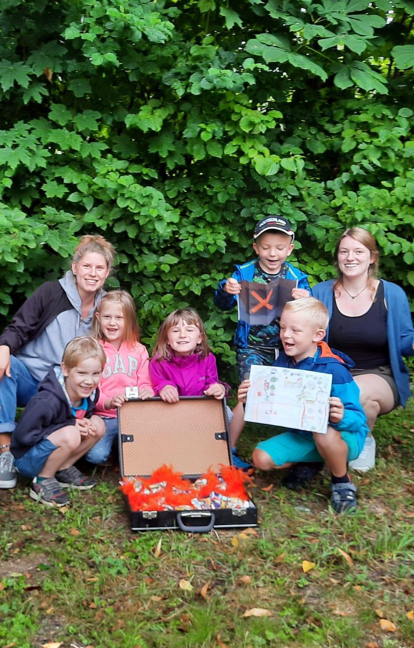Gruppenbild Ferienbetreuung-Kita-Kinder